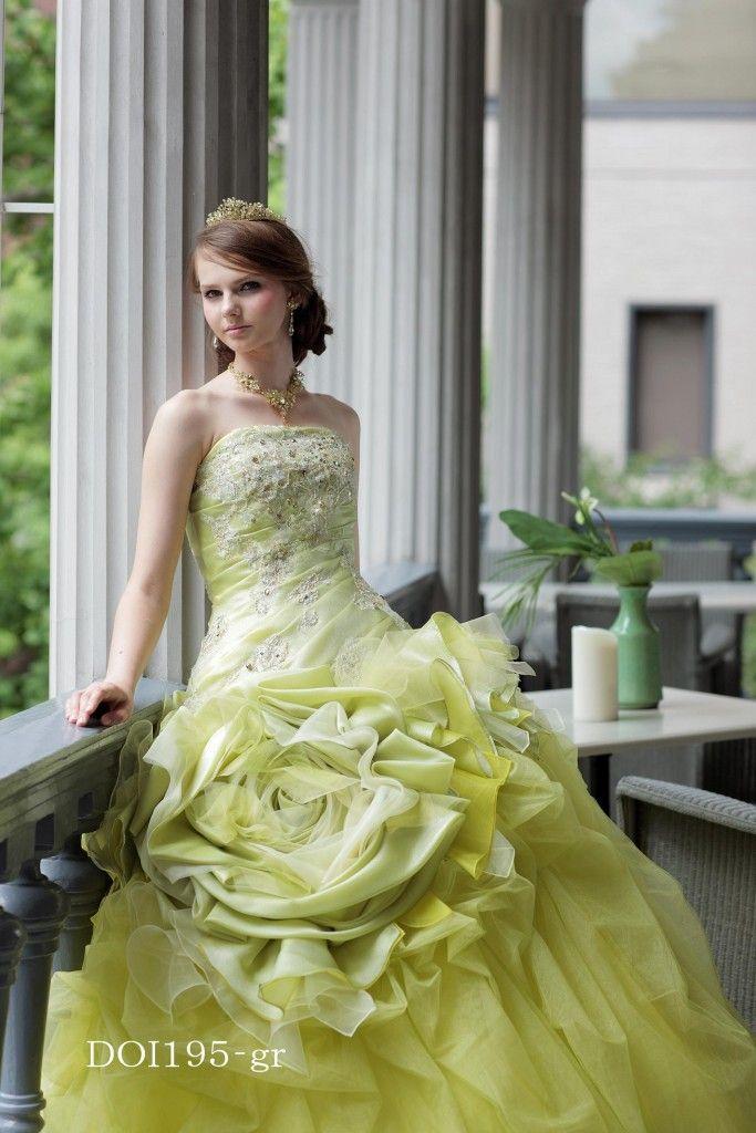 【福岡県久留米市 ホテルニュープラザKURUME・ウェディング】カラードレス・さわやかなグリーンのドレス