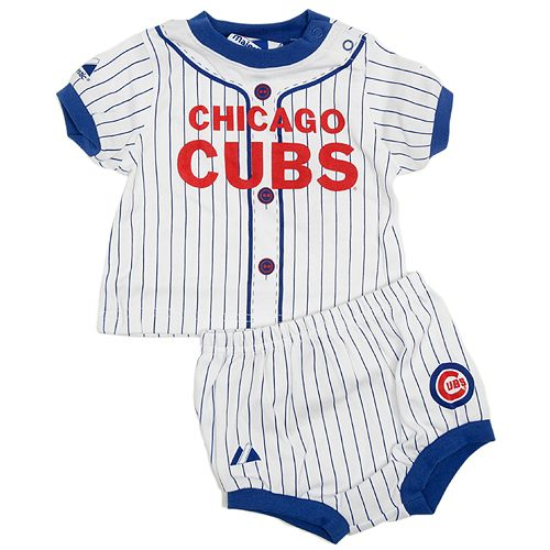 Let your little one show off their #Cubs pinstripes.