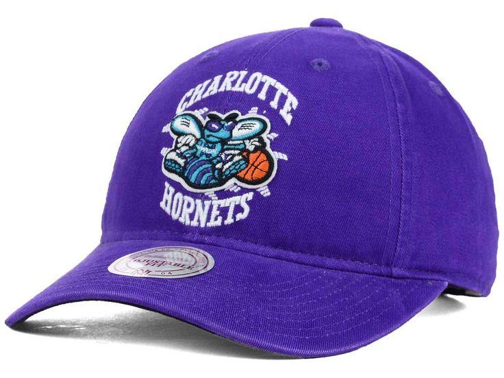 Charlotte Hornets Mitchell and Ness NBA Felt Logo Fanback Cap