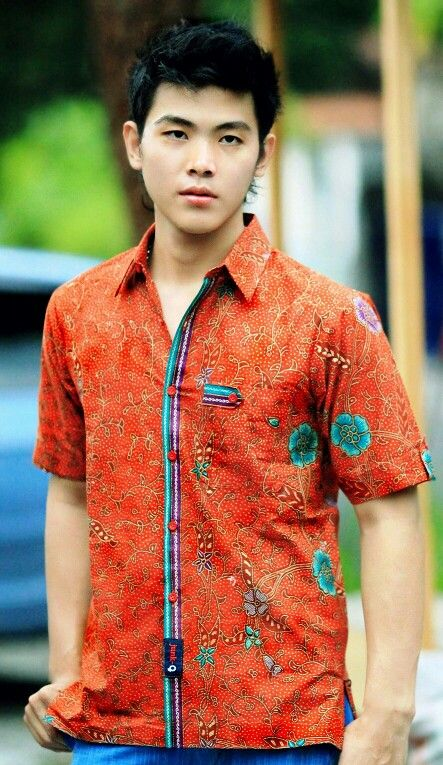 "Mavazi menswear - modern contemporer Javanese Batik "" Pesisiran "" - urban chic for summer"