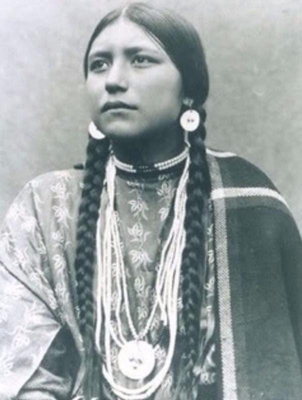 Ragazze Native Americane 25