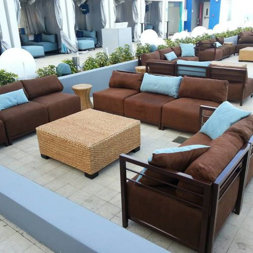 Check out our seating at the Venice Magazine Launch Party!