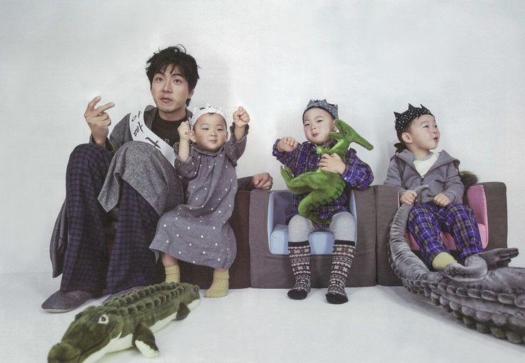 Daehan, Minguk, Manse with Song Il Gook | High Cut Vol. 138