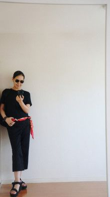 スカーフアレンジ HERMES 少ない服 #ミニマリスト 着こなし 着回し シンプルファッション アラフォーファッション 大人カジュアル スカーフ minimalist  outfit  simple  着回しコーデ(15着)minimalist outfit  simple scafe