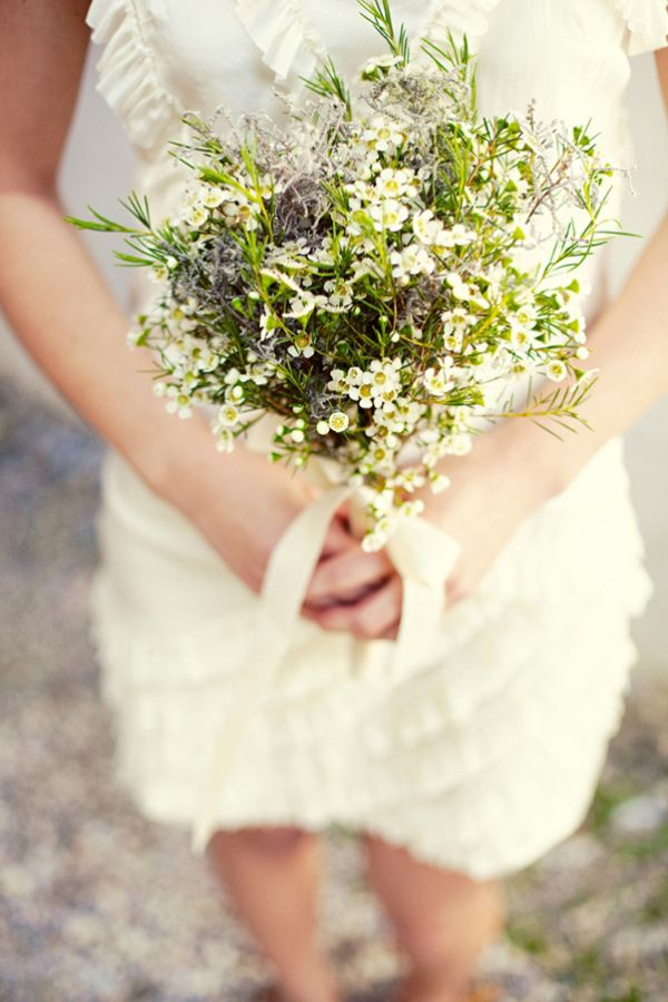 Simple and perfect organic bouquet welovepictures.blogspot.com