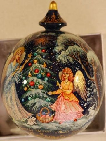 Christmas - lacquer painted collectible wooden ornament Kholui style