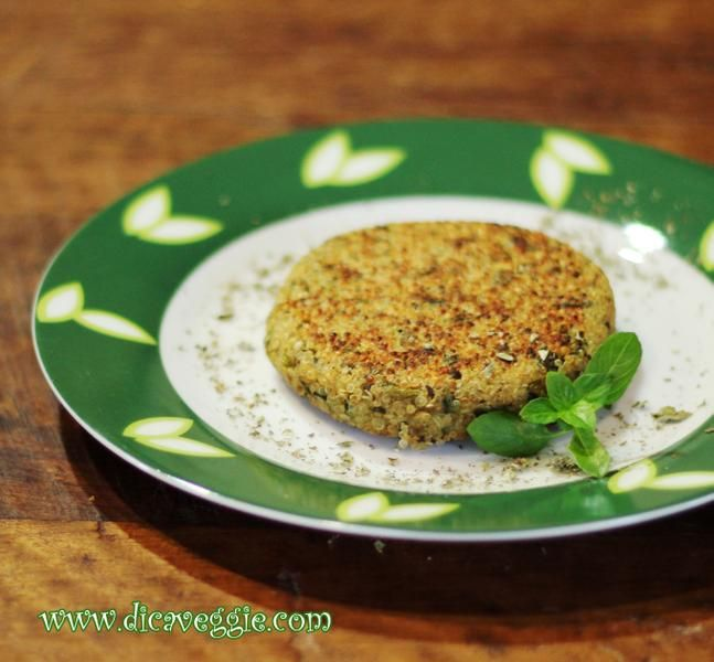 Hamburguer de quinoa com ervas - sem glúten