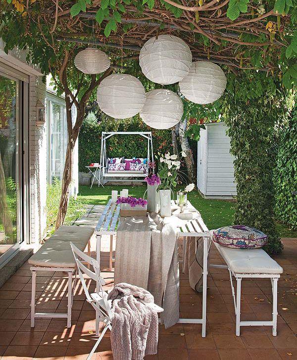 Decoramos la mesa para comer en el jardín o la terraza | Decorar tu casa es facilisimo.com