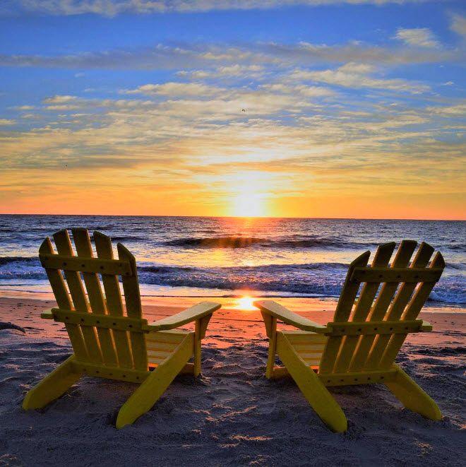 Picture yourself here with your sweetheart in Myrtle Beach, South Carolina! | Photo via Instagram by @geoffreyforrest