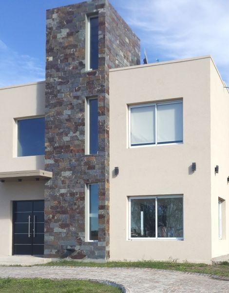 Piedras y lajas la avenida materiales para la - Piedra para fachadas de casas ...