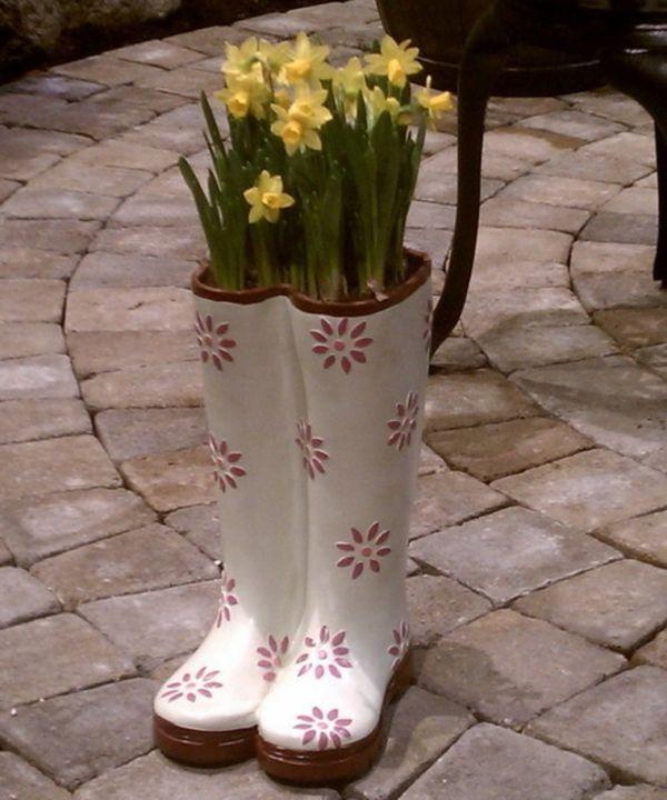 Die 25+ Besten Ideen Zu Blumen Stiefel Auf Pinterest Alte Schuhe Bepflanzen Originelle Pflanzgefase Garten