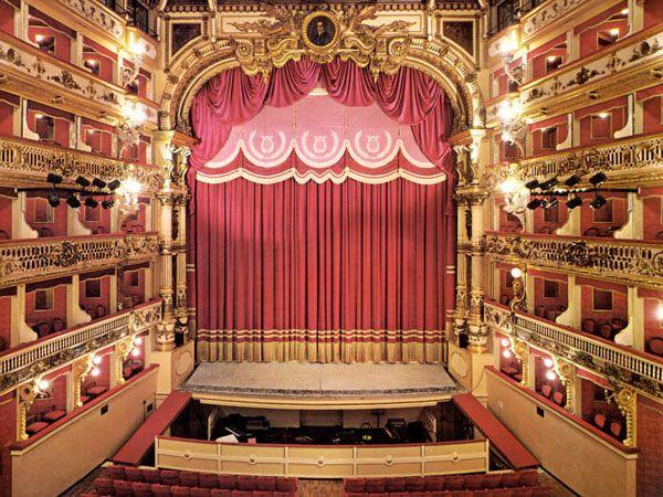Teatro Bellini oggi