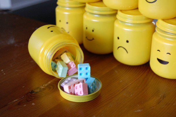 Diy : Lego Party Goody Bags ! Do-It-Yourself Ideas Interactive, Happening & Street Art Recycled Glass