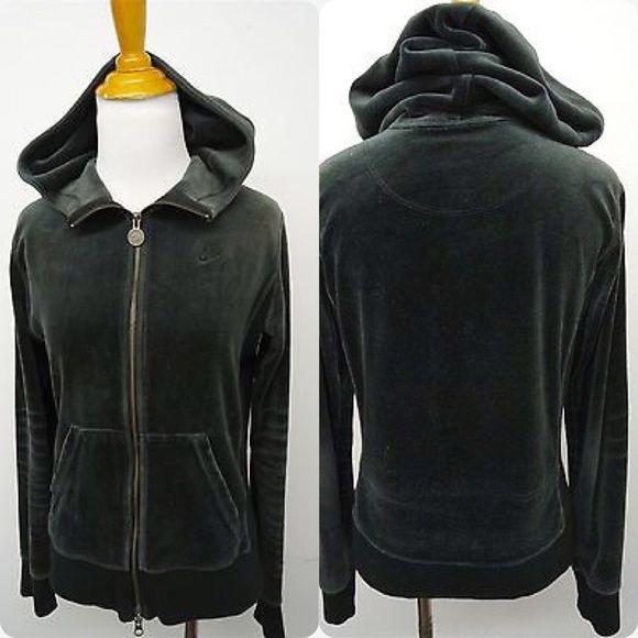🔥🔥🔥will be gone 9-20🔥🔥🔥Nike sportswear really nice Nike sportswear velour hoodie Nike Jackets & Coats
