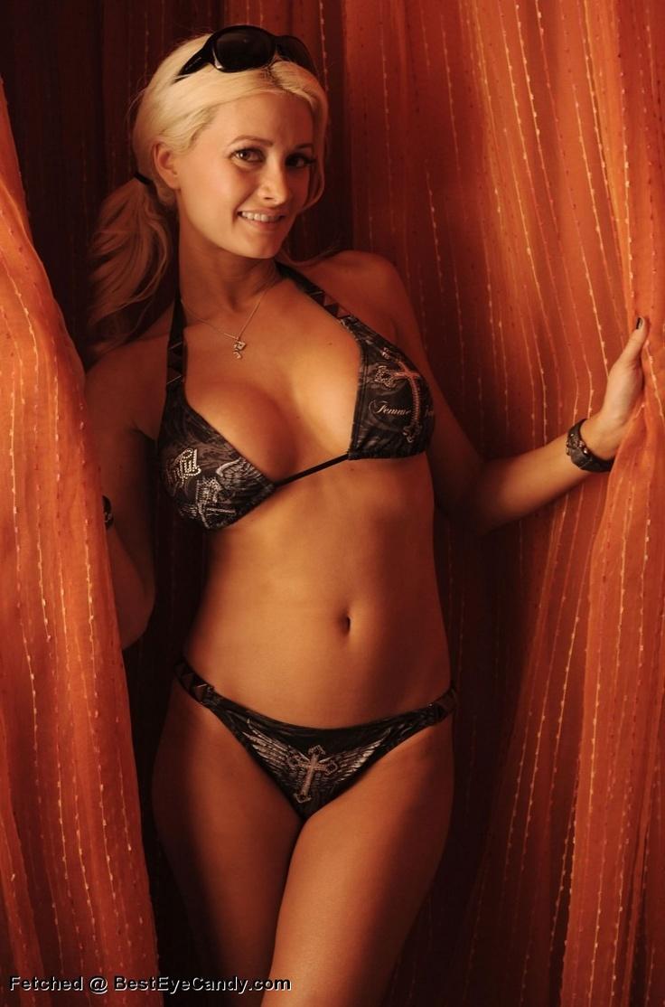 Holly Madison Sexy