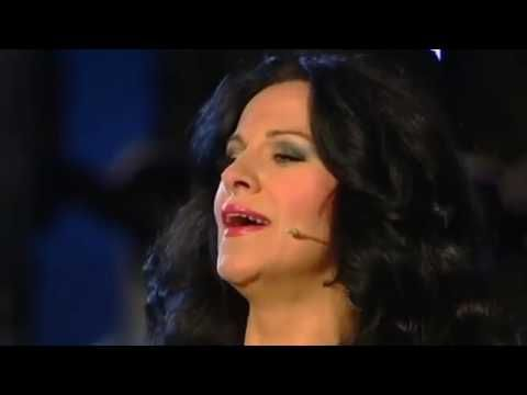 Angela Gheorghiu and Andrea Bocellli sing Non ti scordar di me