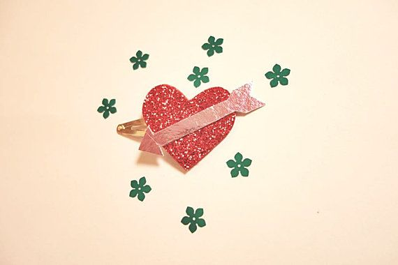 Heart Hair clips_Glitter hair clips_Valentine day by NABISTYLE