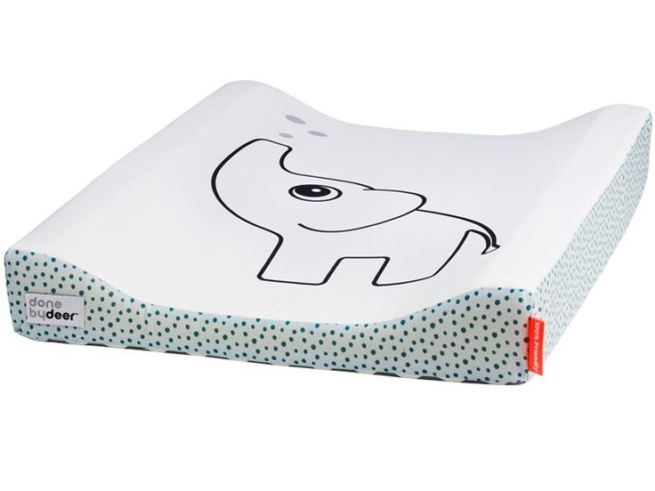 Done by Deer changing pad Elphee blue. Let your deer friend Elphee, the cheerful elephant, keep you company while mummy or daddy changes your diaper.