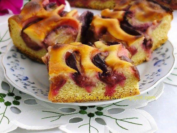 Jeśli lubicie wilgotne, maślane ciasta z dużą ilością owoców, to ciacho jest dla Was ! :) Szybko powstaje i szybko znika, a jak pachnie ! :...