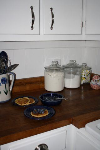 1000 ideas about reclaimed wood countertop on pinterest for Country kitchen countertop ideas