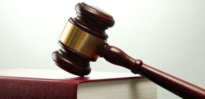 La #loi #Evin est « devenue floue », source d'insécurité juridique, et ce flou conduit les annonceurs à l'auto-censure et les magistrats à une « censure excessive ». FAUX