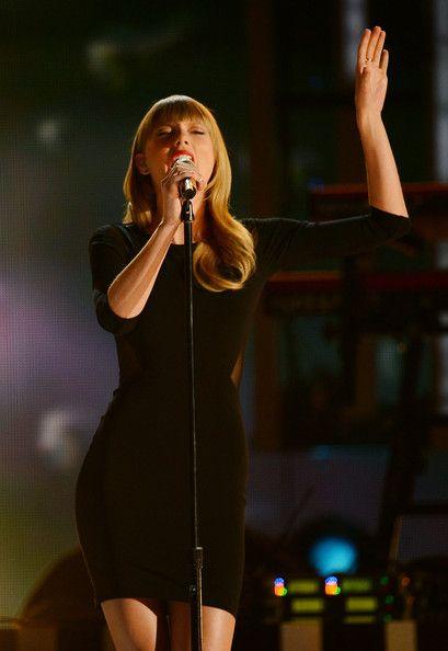 Taylor Swift - Tim McGraw's Superstar Summer Night