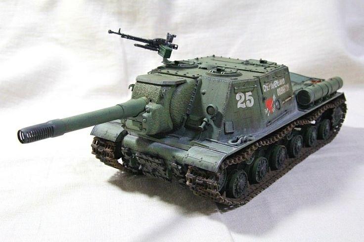 Soviet Assult gun JSU-152 Dragon MM made by Lee Juho