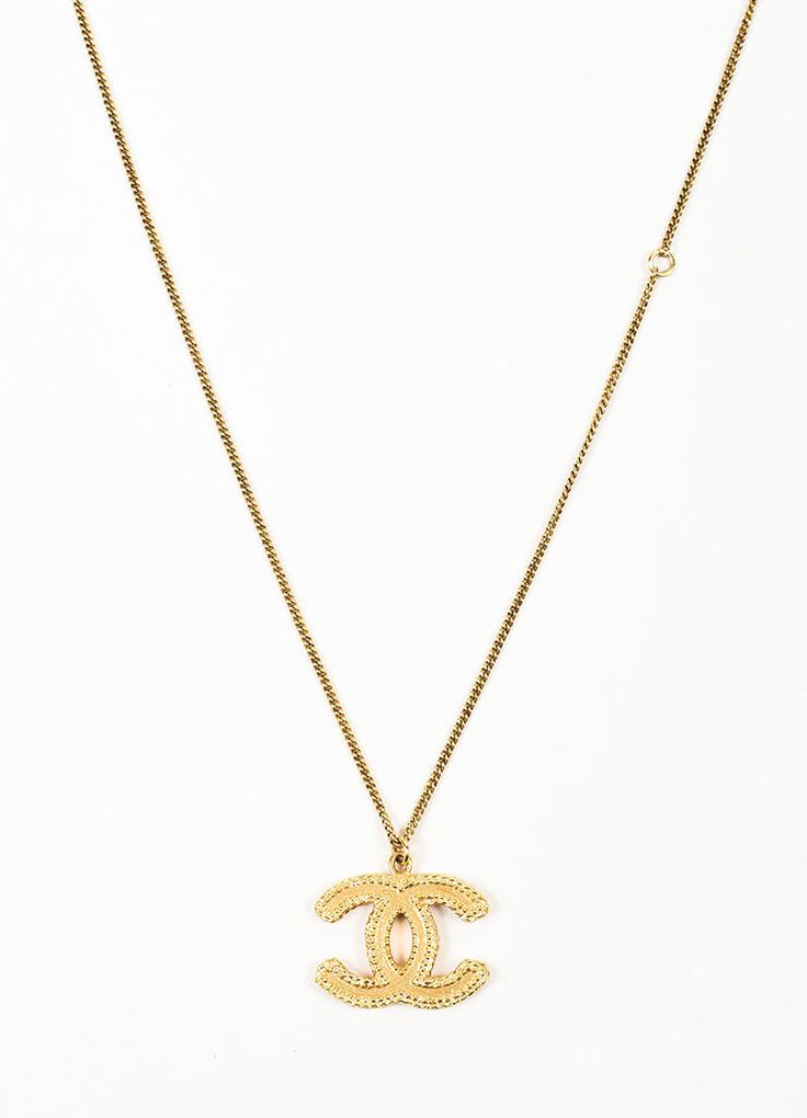 Gold Toned Chanel Textured 'CC' Logo Pendant Chain Necklace