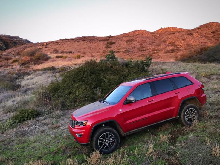 2017 Jeep Grand Cherokee Trailhawk: A Take-No-Prisoners SUV