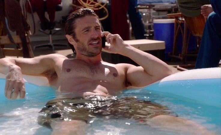 Eoin Macken Shirtless Rob marciano shirtless is wet | Hot ...