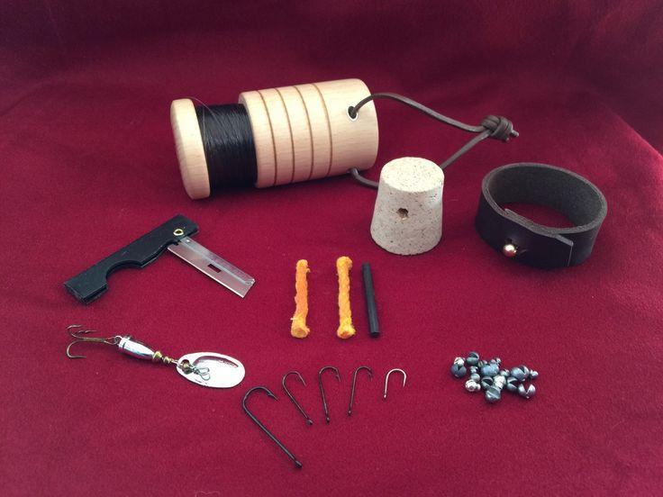 Bushcraft survival pocket fishing kit blank bushcraft for Pocket fishing kit