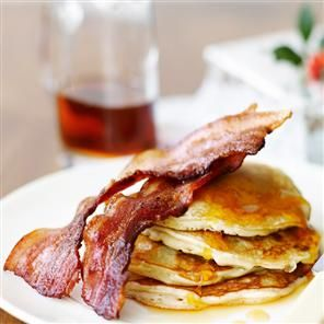 Just had this for breakfast, pancakes with maple syrup and bacon recipe. Bought the pancakes though, but really delicious just the same and so quick and easy!