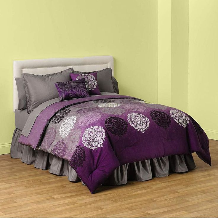 ThisPlum Purple Comforter will look great in your bedroom or dorm. If you love rich purple hues then this is the comforter for you. The comforter blends plum, purple and lavender with black and white circles for a striking look. | eBay!
