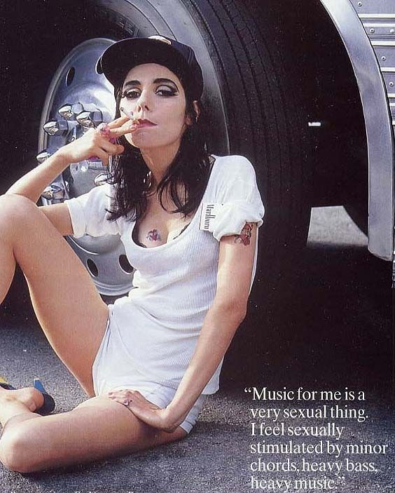 music and grunge: Music, Amazing Woman, A Mini-Saia Jeans, Bands Shots, Pj Harvey, Jeans Harvey, Polly Jeans, Auditory Artistry, Pjharvey