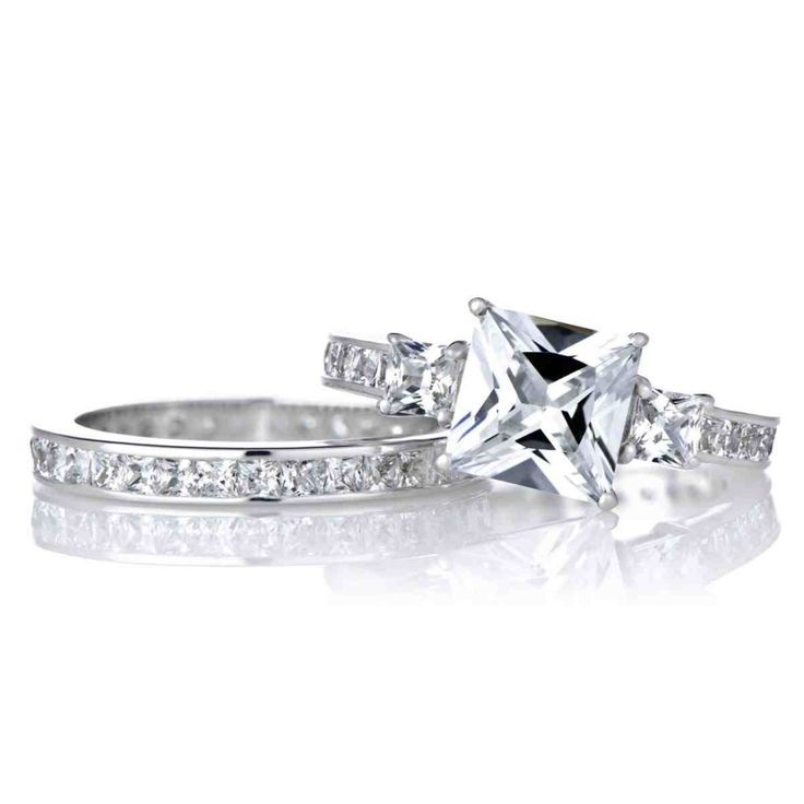 Beautiful Princess Cut Diamond Engagement Ring Sets
