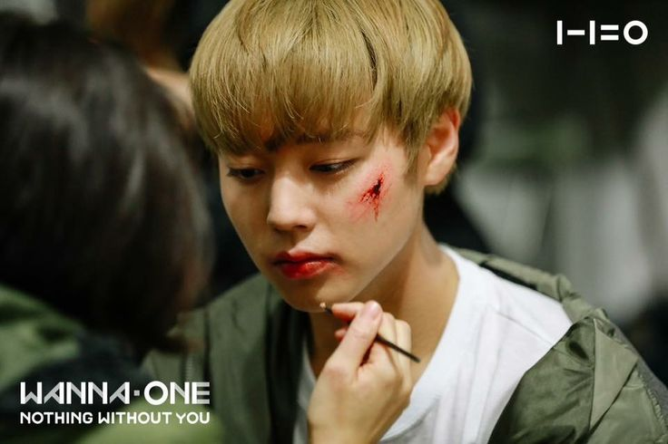 An injure make up for cutie jihoon❤️💖💖