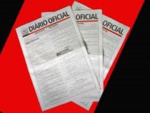 O governador Ricardo Coutinho (PSB) dedicou dez páginas do Diário Oficial do estado desta quarta-feira (25) para divulgar atos de exonerações e nomeações de cargos comissionais. Alterações nas direções de escolas foram as principais mudanças promovidas pelo chefe do executivo estadual. Além disso, ele nomeou servidores para ocuparem cargos em comissão na Autarquia de Proteção…