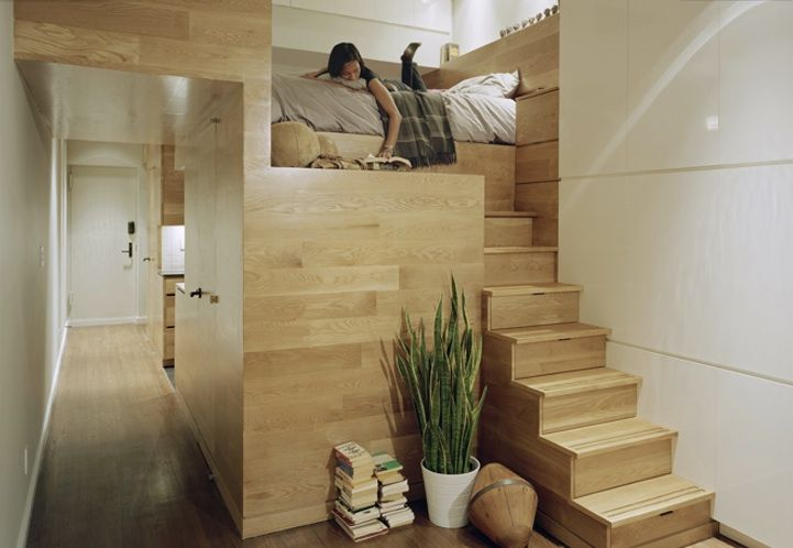 O, glorious simplicity!: Idea, Stairs, Small Apartment, Studios Apartment, Apartment Design, Reading Nooks, East Village, Small Spaces, Loft Beds