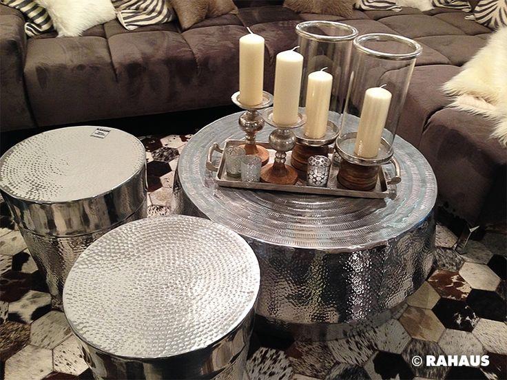 #Wohnen #Dekoration #Tisch #Couch #Couchtisch #Geschirr #dekorieren #Berlin #Ausstattung #Teppich #Interior www.rahaus.de