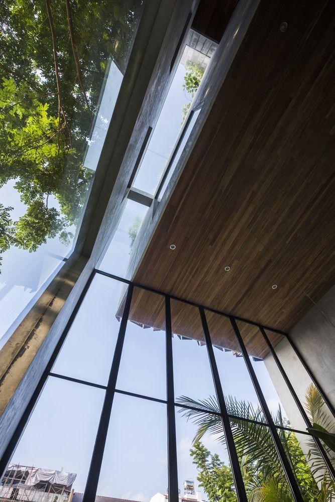 Gallery of Thong House / Nishizawa Architects - 14