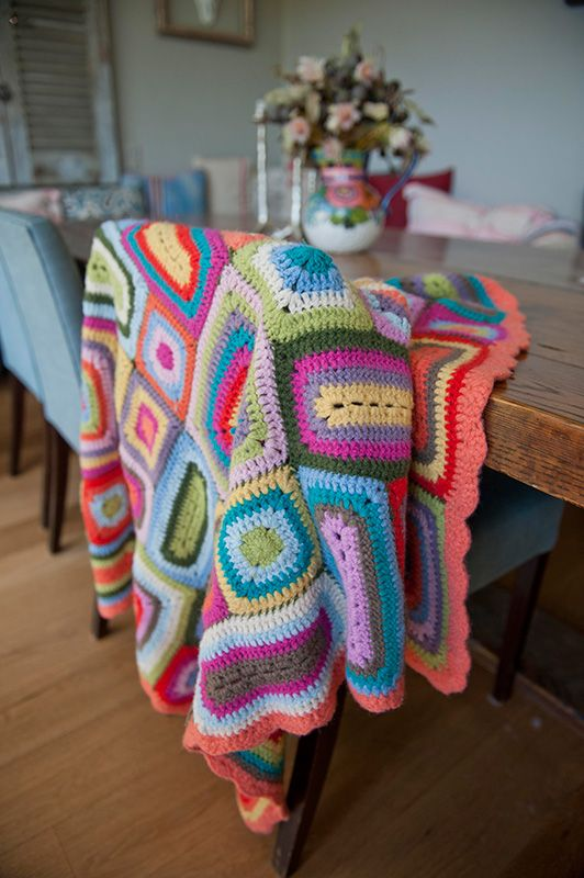 As seen on @offspringonten - Weegoamigo Nora Crochet Blanket