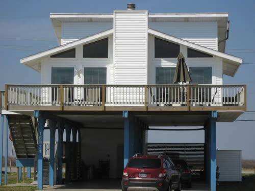 Property Images View -- A BARE NECESSITY -- A vacation rental at Galveston, Texas.
