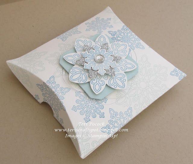 Stampin' Up! - Flurry of Wishes - Square Pillow Box .... Teri Pocock - http://teriscraftspot.blogspot.co.uk/2015/10/flurry-of-wishes-square-pillow-box.html