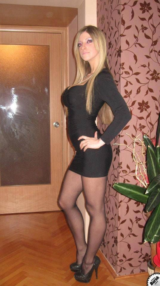 Videos her, pantyhose in skirts and high heels had