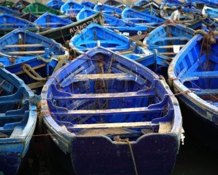 Resultados de la Búsqueda de imágenes de Google de http://us.123rf.com/400wm/400/400/debstheleo/debstheleo0706/debstheleo070600007/970271-los-barcos-de-pesca-azules-marroquies-en-essaouira-abrigan-marruecos.jpg