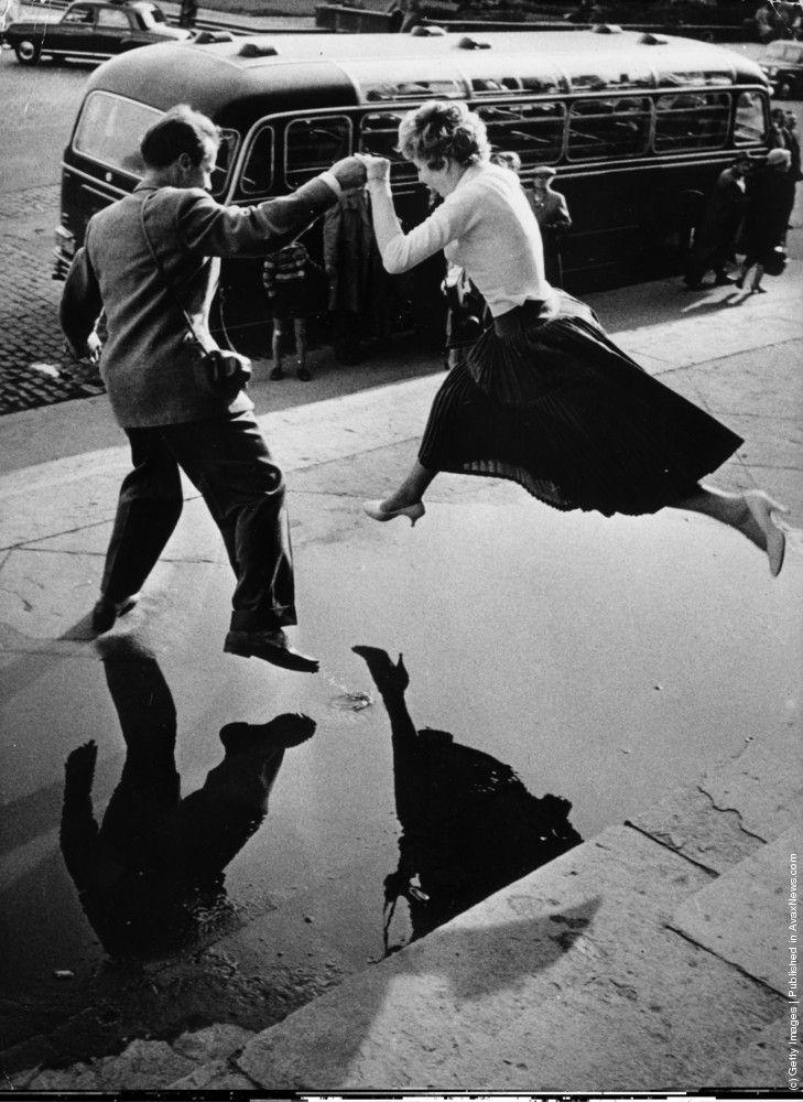 fewthistle:  Leap of Faith. 1960. Photographer: Louis Faurer