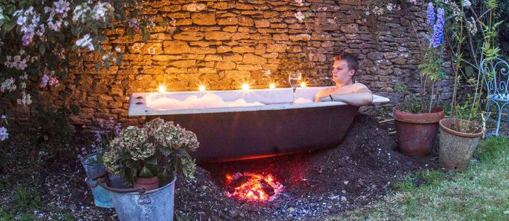 1000 images about garden hot tubs and plunge pools on for Garden tub vs standard tub