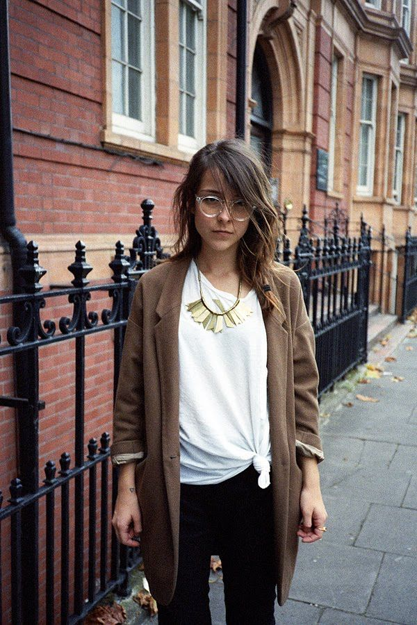 Fashion, Statement Necklaces, Glasses, Gold Bracelets, Outfit, Jackets, Fall Winte, Gold Necklaces, Fall Styles