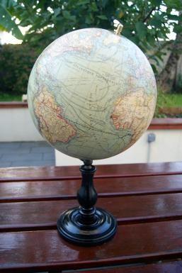84 best images about antique globe terestial star celestial antiquit s de marine globe terrestre. Black Bedroom Furniture Sets. Home Design Ideas