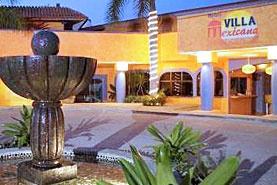 Hotel Villa Mexicana, Ixtapa Zihuatanejo, Guerrero - Sobre Playa La Ropa, a sólo 10 minutos del Centro de Zihuatanejo y a 8 km. de Ixtapa.